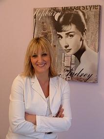 Tina Daniela Heil - Zahnpflege bis Bleaching